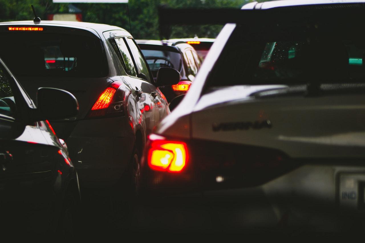 Hvordan du kan blive sikker i trafikken