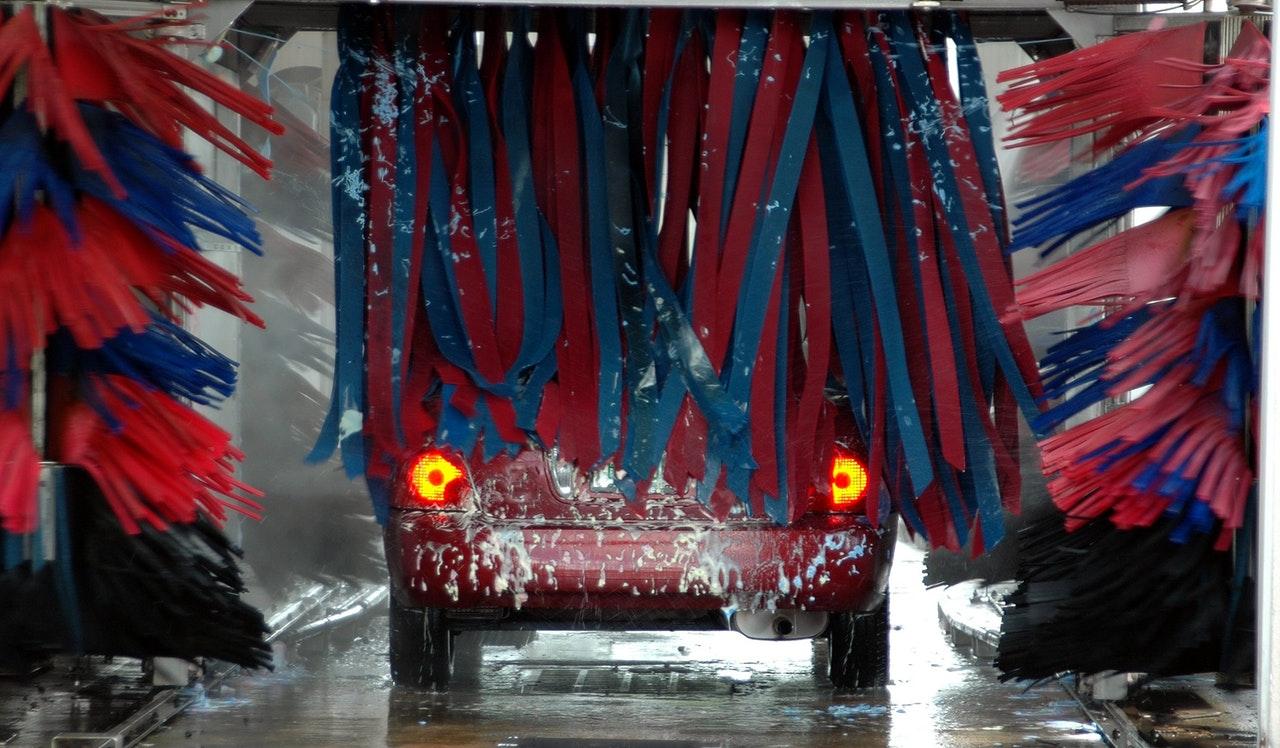 Få en bilvask på privatadressen med Steamrex